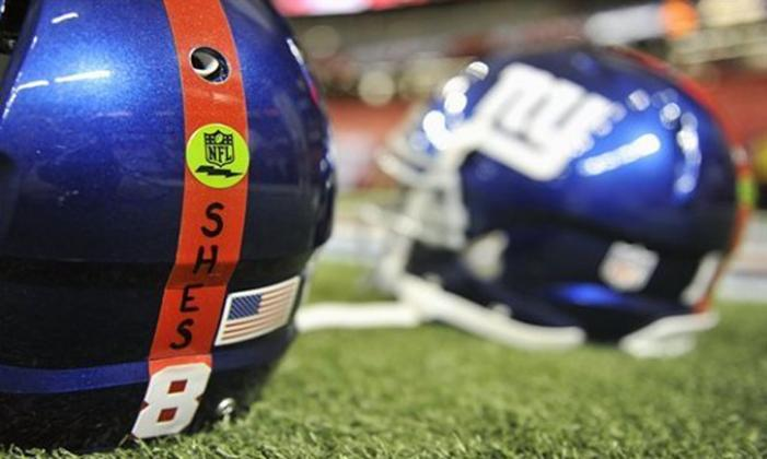 assets-2012_NFL_Giants_to_remember_Newtown_victims_with_decal_on_helmets_422654641