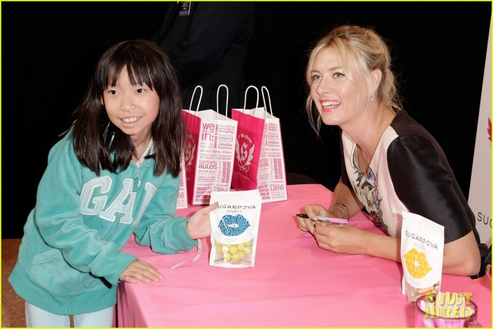 maria-sharapova-sugarpova-candy-launch-08